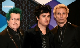 """Troubled times"", el nuevo videoclip anti-Trump del grupo Green Day"
